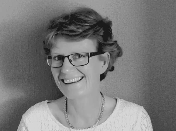 La souriante Myriam Bruneau devient correctrice
