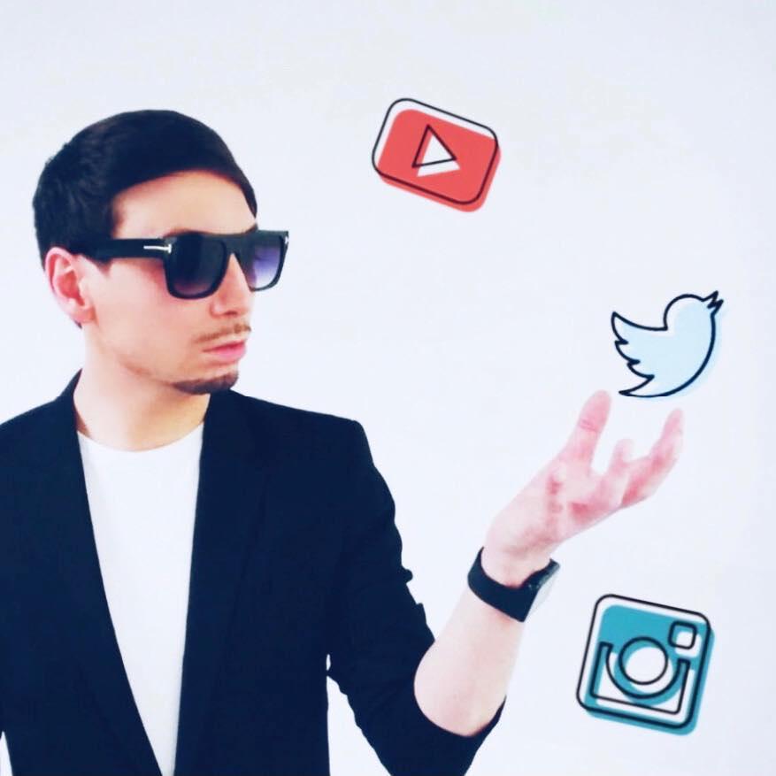 Raphael Defever est capable de gérer votre image et vos réseaux sociaux